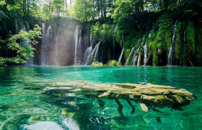 Plitvice Waterfalls private tour
