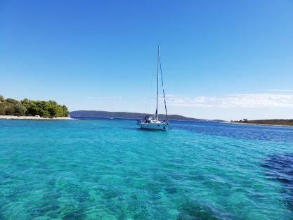 Blue lagoon Drvenik Krknjaši