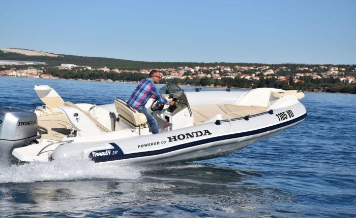 Marlin 20 rent a boat trogir
